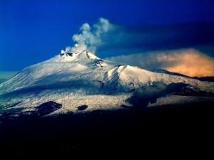 Etna under vintern. Sicilien.