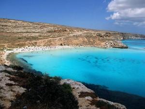 Conigli badvik - Lampedusa. Siciliens örike.